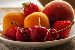 frutto estivo foto