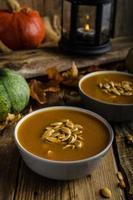 zuppa di zucca di halloween foto