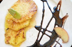 ananas grigliato foto