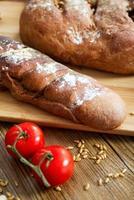 pane di segale al forno con coriandolo