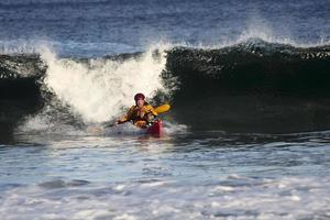 kayaker in azione foto