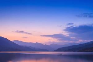 lago phewa, pokhara foto