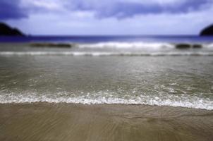 spiaggia di maracas nel fuoco selettivo di Trinidad e Tobago