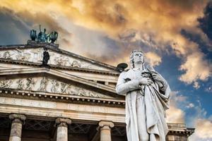 statua a Berlino foto