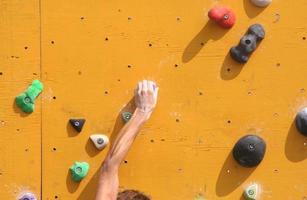 parete da arrampicata foto