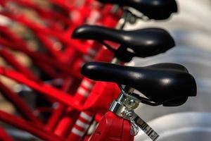 primo piano del dettaglio delle bici foto