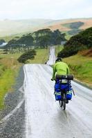 ciclisti in viaggio foto