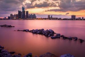 detroit tramonto rosso foto