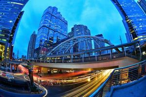 la stazione skytrain chong nonsi, bangkok, thailandia foto