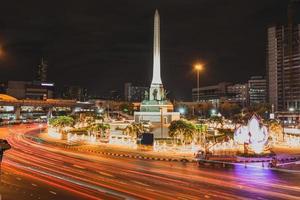 punto di riferimento Bangkok di monumento di vittoria Tailandia foto