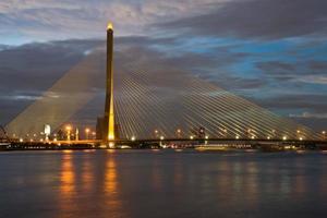 bangkok rama 8 bridge foto