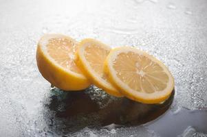 fetta di limone foto