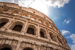 meraviglioso colosseo a roma foto