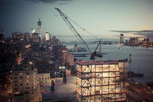 porto di New York City di notte 2 foto