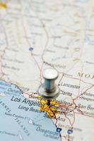 puntina da disegno sulla mappa della california