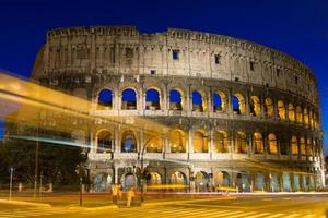 Colosseo a Roma in Italia