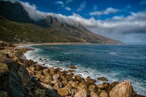 oceano roccioso foto