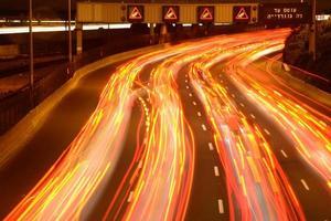 ora di punta della sera dell'autostrada foto