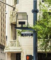 strada principale segno nel centro di Houston foto