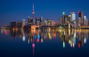 riflesso dell'orizzonte della città di Toronto foto