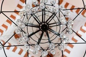 lampada da soffitto della moschea del principe a istanbul foto