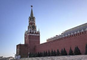 Torre Spasskaya del Cremlino di Mosca. piazza rossa, mosca, russia foto