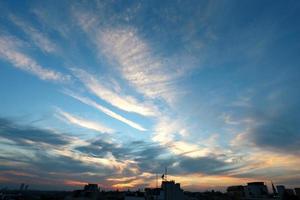 foto cielo al tramonto