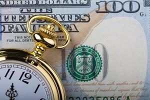 $ 100, il tempo è denaro foto