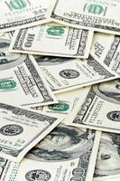 pila di soldi foto