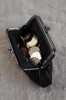 soldi, finanze. monete in euro foto