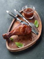 coscia di pollo arrosto foto