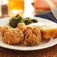 Soul food - pollo fritto con cavolo foto