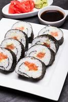 involtini di sushi foto