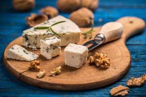 formaggio con muffa foto