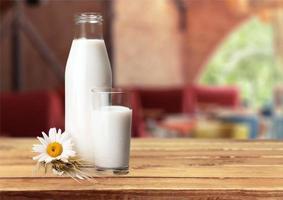 bottiglia di latte foto