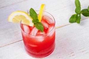 cocktail campari e vermouth foto