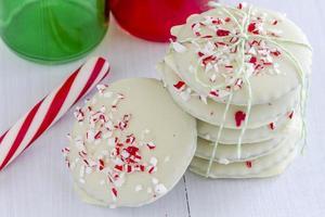 biscotti natalizi alla menta e cioccolato foto