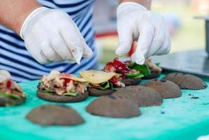 cucinare cucinare hamburger foto
