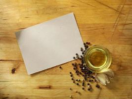 scheda di ricetta con olio d'oliva foto