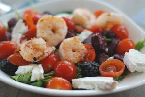 deliziosa insalata di gamberi foto