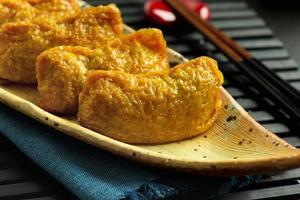 tipo tradizionale giapponese di sushi inari-zushi foto