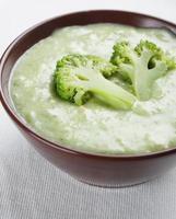 zuppa di crema di broccoli foto