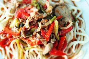spaghetti con carne