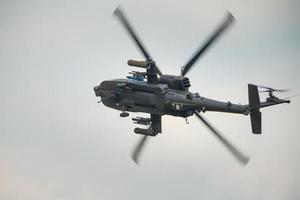 elicottero d'attacco apache foto