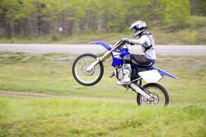 corridore di motocross