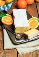 torta all'arancia fatta in casa foto