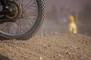 supercross, pista di motociclismo su strada sterrata, pune, india foto
