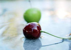 ciliegie rosse mature foto