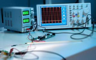 oscilloscopio digitale foto