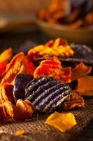 patatine vegetali organiche sane foto